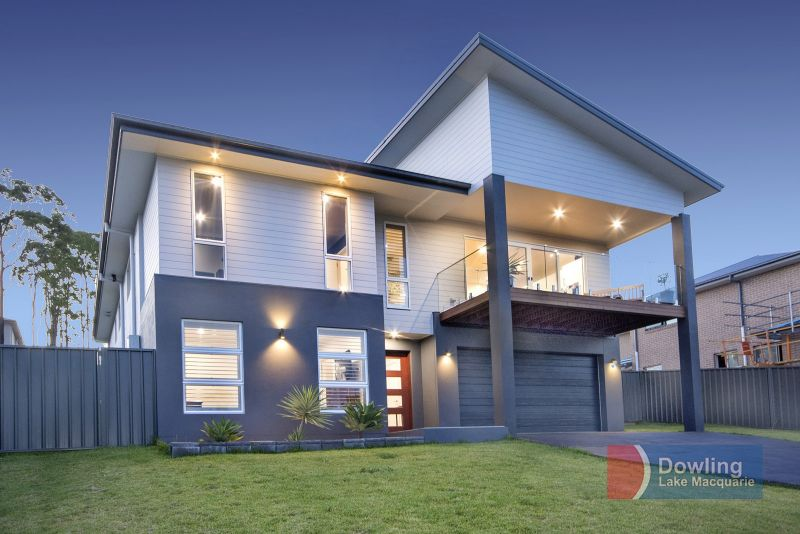 One Of The Best Family Residences in Cameron Park!!!