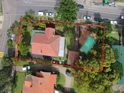 Huge block 1039sqm, Potential to extend, renovate/ re-develop (STCA)