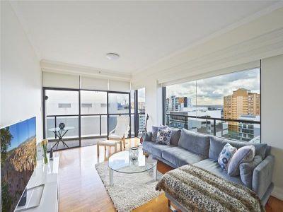 Luxurious Apartment With Panoramic Views