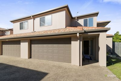 Modern Duplex-Style Home – Central Location