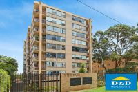 Bright & Fresh 2 Bedroom Unit. Sunny North Facing Aspect. Walk to Parramatta Westfields Shopping & Station