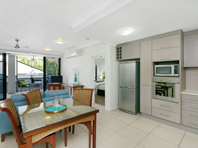 The Golden Triangle of Palm Cove – Dual Key Fully Self Contained Apartment, Ideal for Owner Occupiers, Investors and a Combination of both