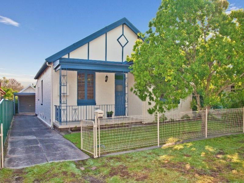 21 Ackeron Street, MAYFIELD