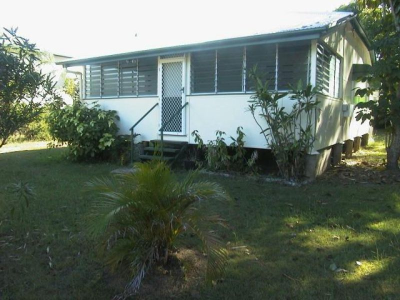 71 Armstrong Street, Hermit Park, QLD