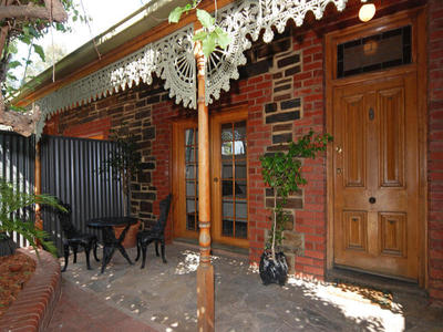 C.1890 Bluestone cottage... Cute and well located