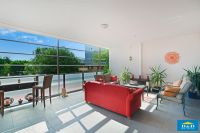 Immaculate 3 Bedroom Apartment. Luxury Resort Style Living. Huge Balcony & Living Area. 2 Car spaces. Parramatta CBD.