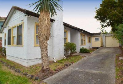 2 Bedroom Home in Glen Waverley