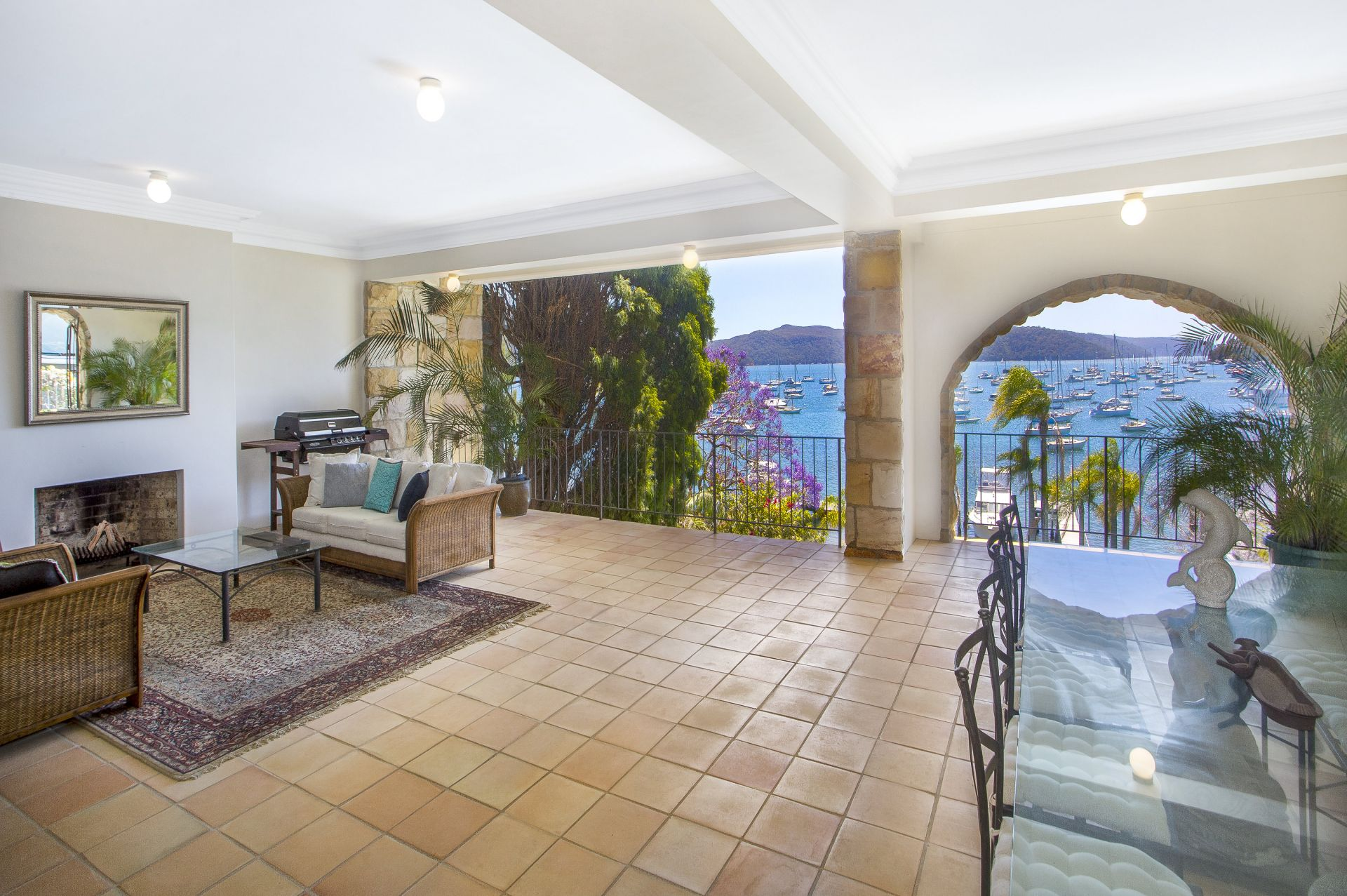 Additional photo for property listing at 'La Dolce Vita' - Mediterranean-inspired waterfront 98 Prince Alfred Parade Newport, New South Wales,2106 澳大利亞
