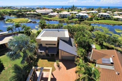 8 Lakeside Close, Bargara