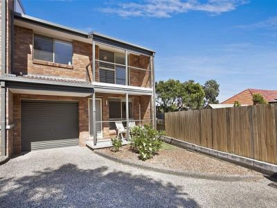 8/1A Wrightson Avenue, BAR BEACH