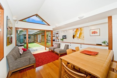 STUNNING FAMILY HOME  - LEASED