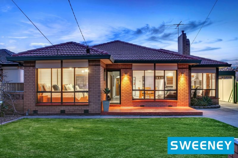 Outstanding Family Home Featuring Open Living And Magnificent Outdoor Entertainment!