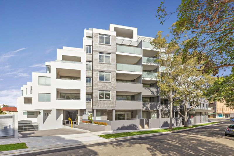 ARCHITECTURALLY DESIGNED LUXURY APARTMENTS