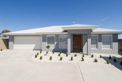 Brand new contemporary freestanding villa