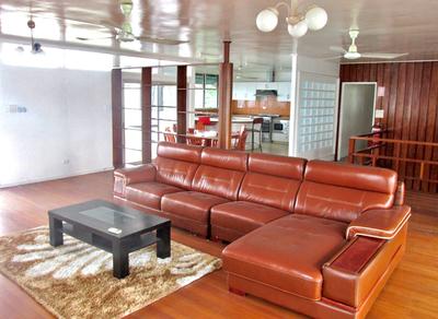 NM2179 - Home with views - ES/LH
