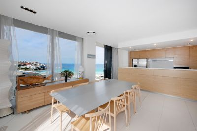 World Class Beachfront Penthouse With Awe-Inspiring Views