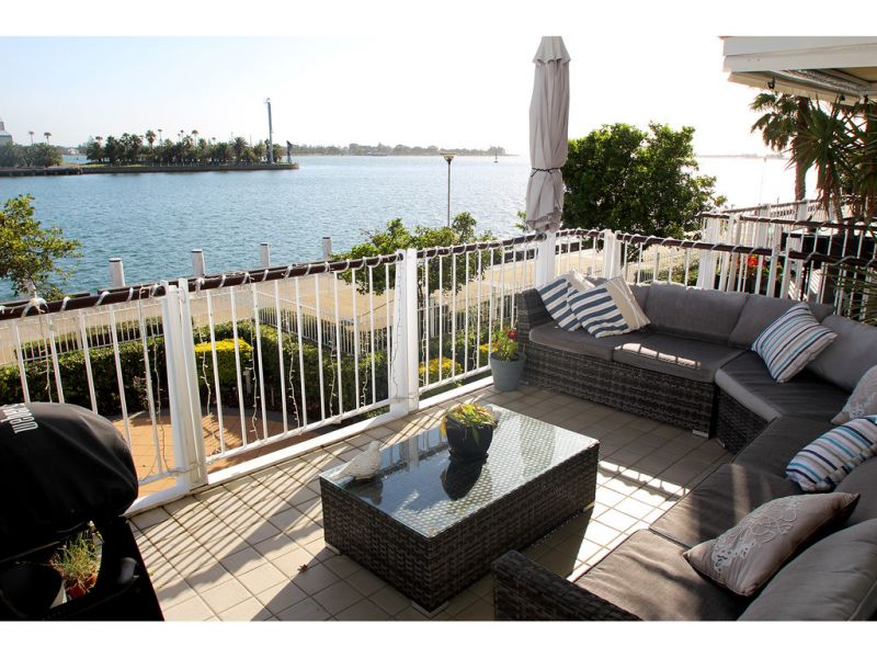 apartment for sale 27 304 wharf road newcastle nsw