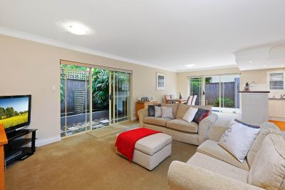 Superb boutique town home delivering outstanding lifestyle