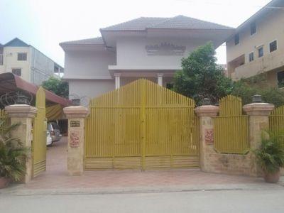 2/18 18, Teuk Thla, Phnom Penh | Villa for sale in Sen Sok Teuk Thla img 0
