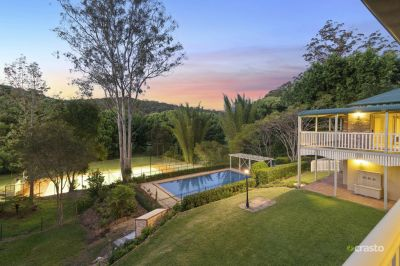Spacious Family Tennis Retreat in Prestige Hinterland Location!