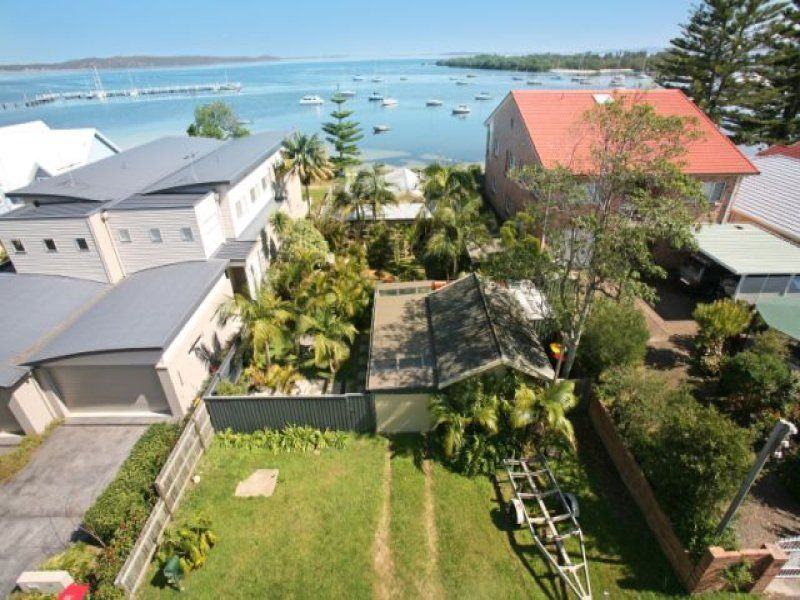 20 Sunset Boulevard, SOLDIERS POINT