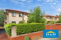 Fantastic apartment in quiet well maintained block. Three generous sized bedrooms. Family oriented north Parramatta.