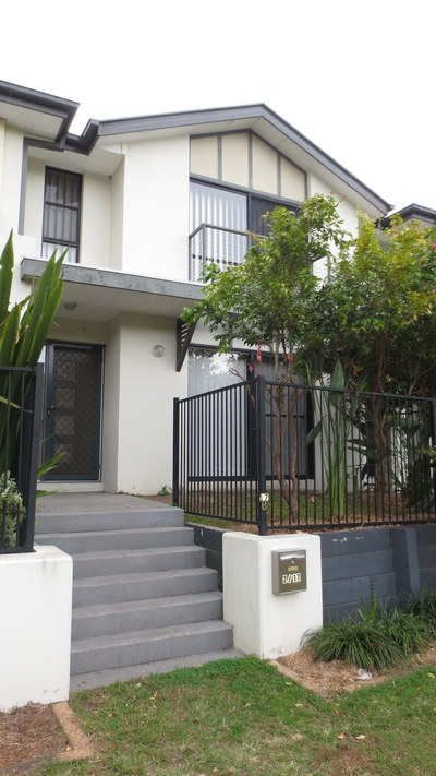Spacious 3 Bedroom Townhouse in a Central Location