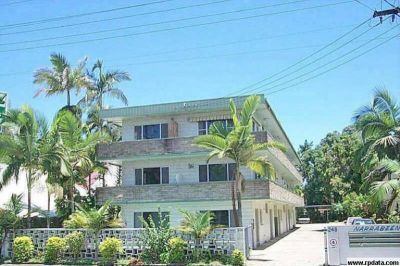 ONE BEDROOM UNFURNISHED UNIT CLOSE TO TOWN