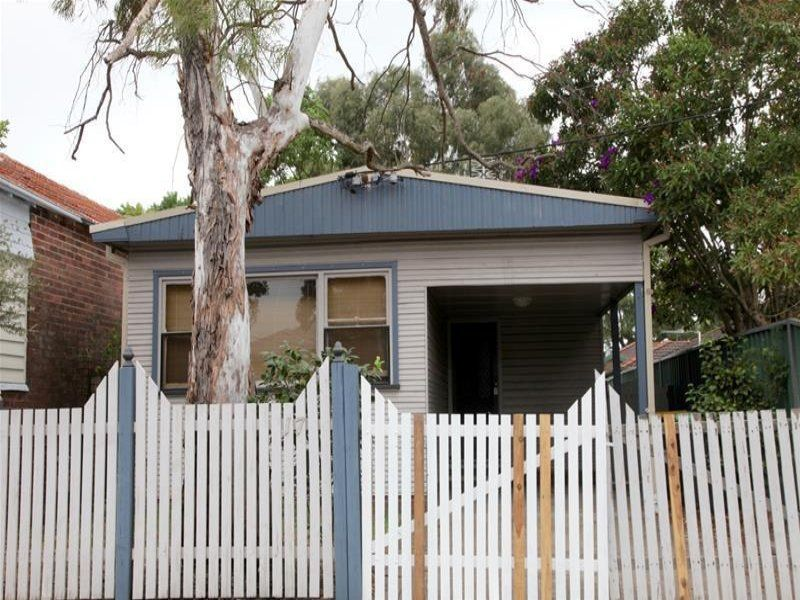 17 Margaret Street, MAYFIELD EAST