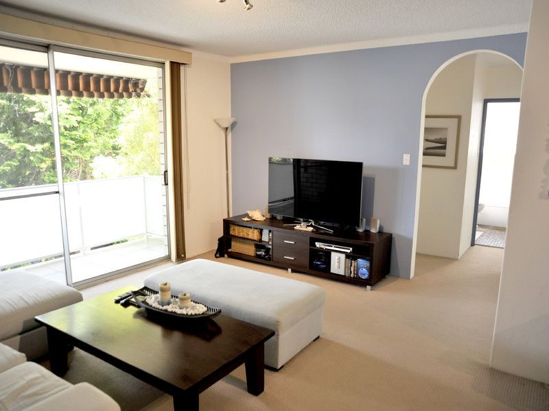 Modern living within walking distance to Hornsby CBD