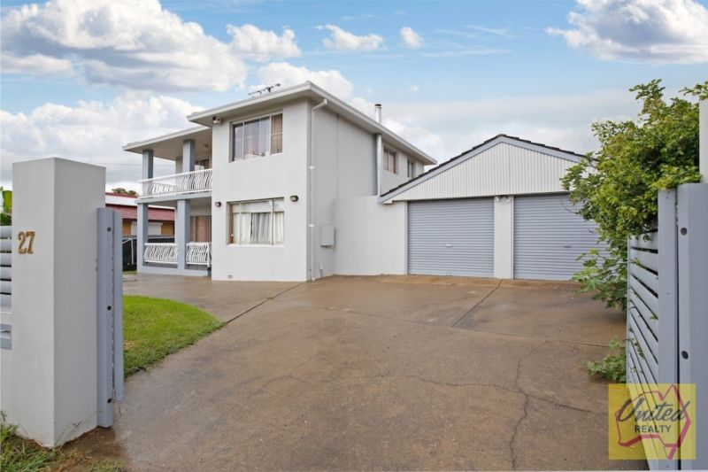 Investment Opportunity/Magnificent Family Home