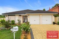 8 Harwell Place, Colyton