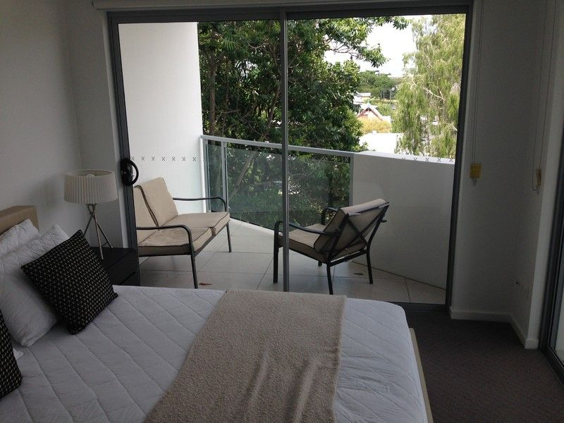 Fully furnished unit 2km from the CBD