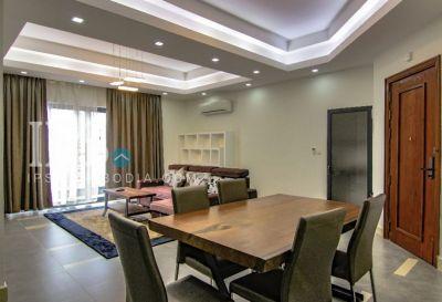 BKK 1, Phnom Penh | House for rent in Chamkarmon BKK 1 img 0