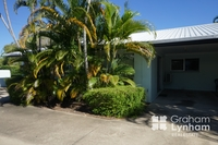 Two Bedroom Unit In The Heart Of Townsville