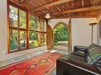 Beautiful artistic flair home on Springbrook Mountain