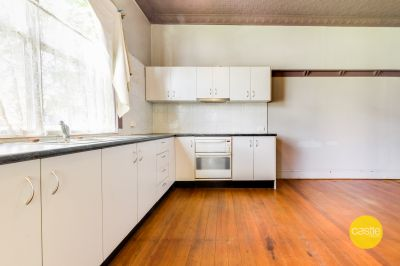 Low Maintenance Flat - Short Walk To CBD