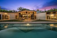 Exclusive & Private 3 Acres With Ultra-Modern Home
