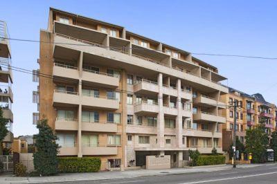Spacious split level 2 bedroom Apartment