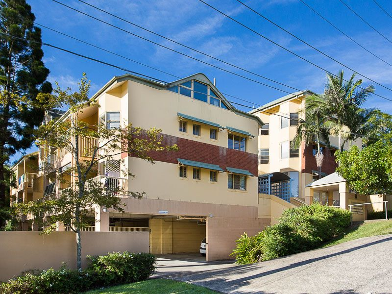 7/15 Clarence Road Indooroopilly 4068