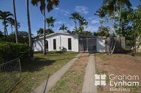 1/40 Champagne Crescent Kelso, Qld