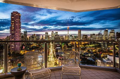 Spectacular Apartment With Iconic Sydney Harbour & City Views