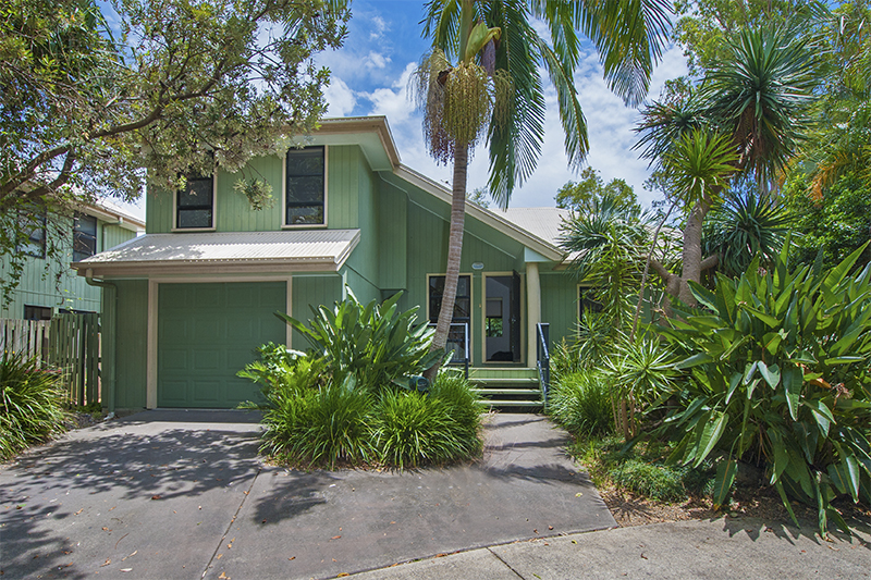 Ideal Entry Level Beachside Home Or Investment