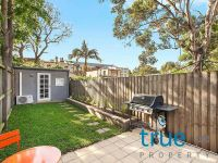 = HOLDING DEPOSIT RECEIVED = RENOVATED DESIGNER HOME LOCATED IN THE HEART OF ERSKINEVILLE VILLAGE