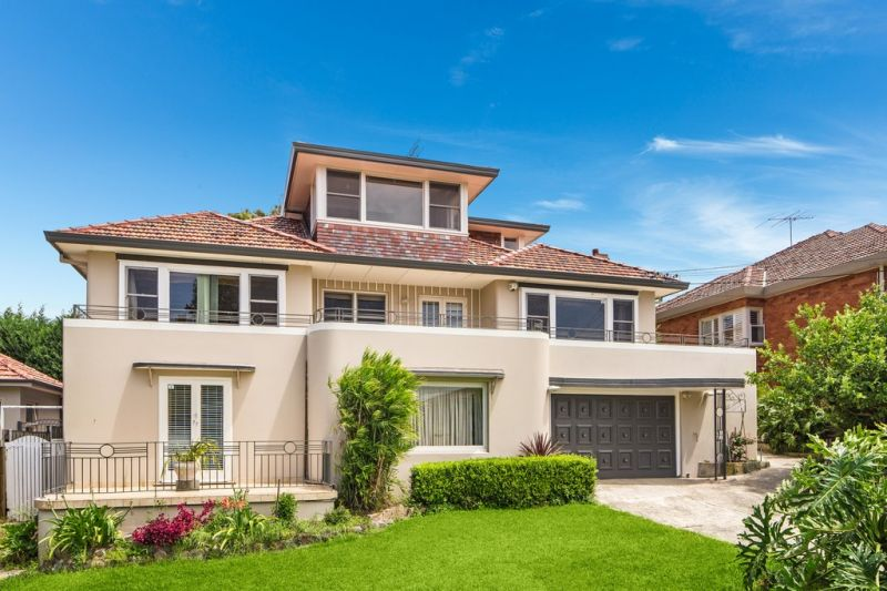 Substantial Home in Premium Location 20metre frontage