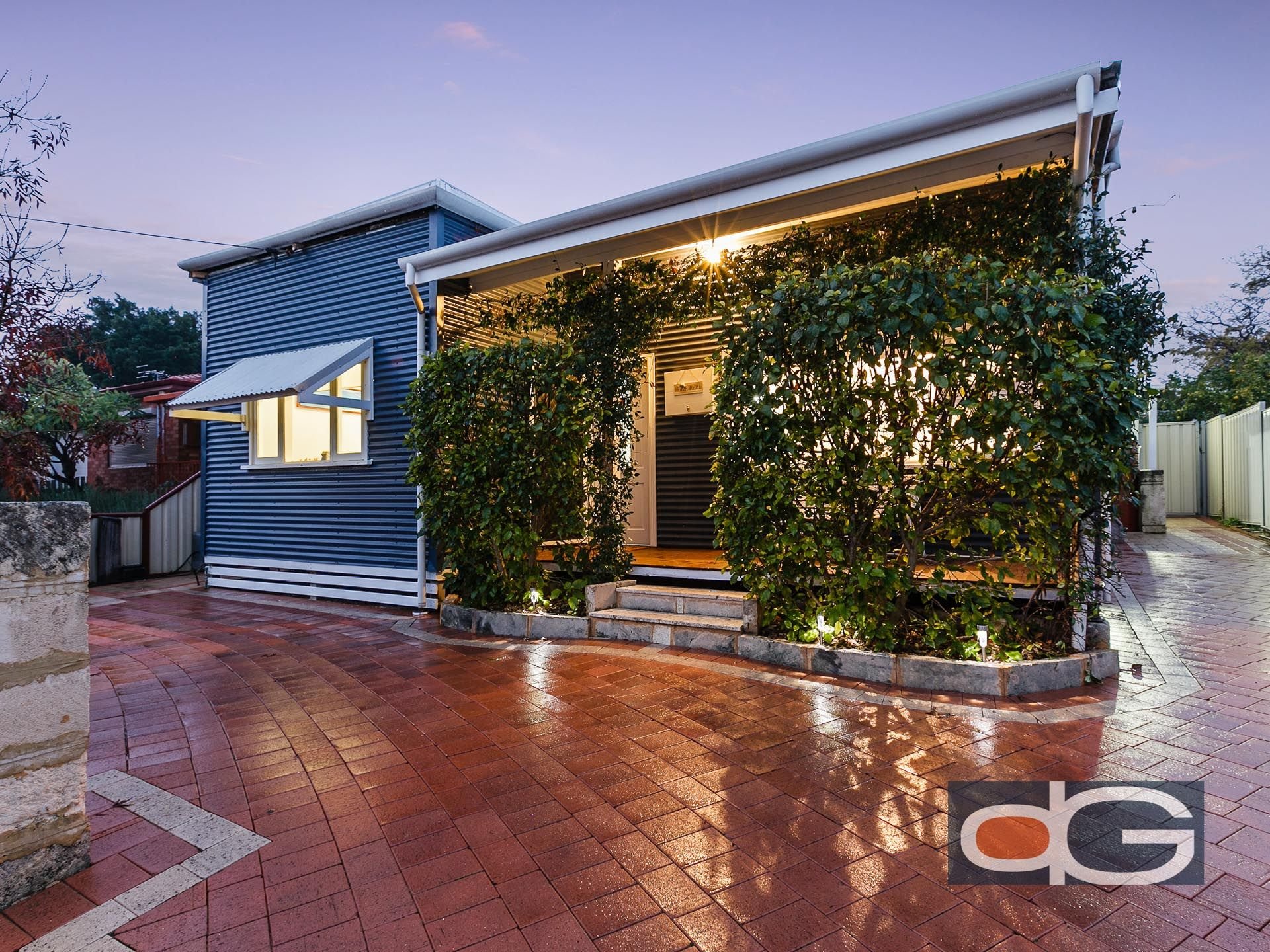 24 Fifth Avenue, Beaconsfield