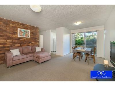 Ground Floor, Quiet, Affordable Apartment