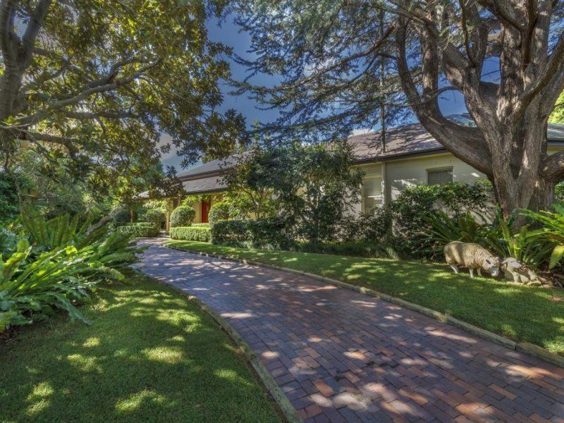 Additional photo for property listing at A classic Georgian manor within superb 2,163sqm level grounds  Mosman, New South Wales,2088 Australia