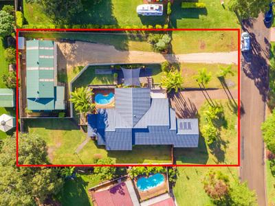 Impressive Residence + 3 Bay Shed & Granny Flat