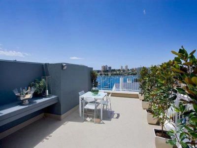 1064 Elizabeth Bay Luxury